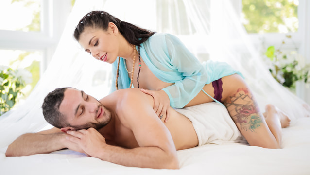 HAPPY ENDINGS – Gina Valentina, Damon Dice